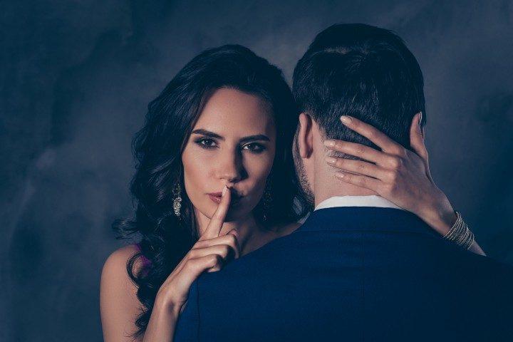 10 наилучших романов на тему брачной измены